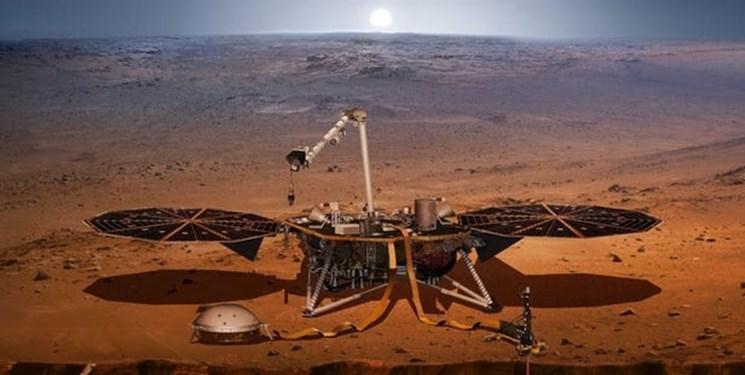 گرد و غبار مریخی سطح فضاپیمای ناسا را پوشاند
