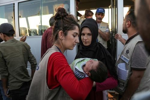 حمله ترکیه به شمال سوریه: 300 هزار آواره ، ورود 100 هزار پناهجوی سوری به کردستان عراق (