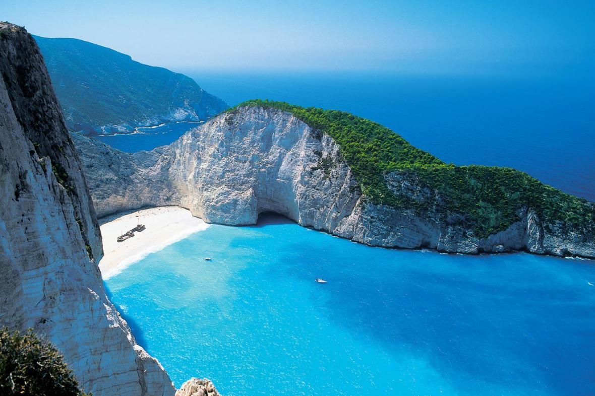 چهار مورد از زیباترین جزیره های اسپورادس یونان