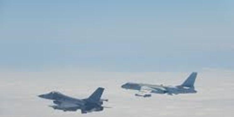 پرواز بمب افکن های بی- 52 آمریکا نزدیک تایوان پس از رزمایش چین