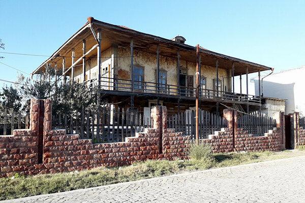 تجلی معماری قاجار در گمیشان