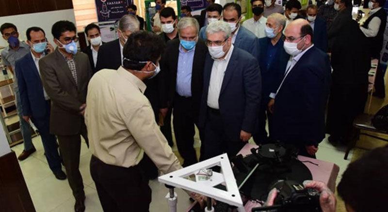 خبرنگاران کارگاه فراوری ماسک ان 95 در دانشگاه سیستان و بلوچستان راه اندازی شد