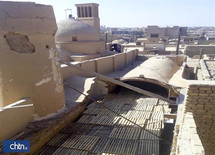 استحکام بخشی و برطرف خطر از ساباط تاریخی فیروز آباد میبد