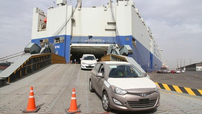 امکان واردات خودرو بدون انتقال ارز نیست