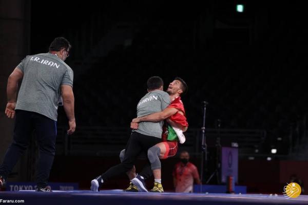فن زدن قهرمان المپیک به مربی و تماس تصویری با خانواده